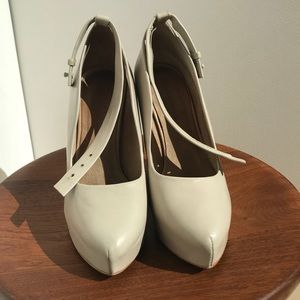Zara leather wedges with ankle strap, size 37